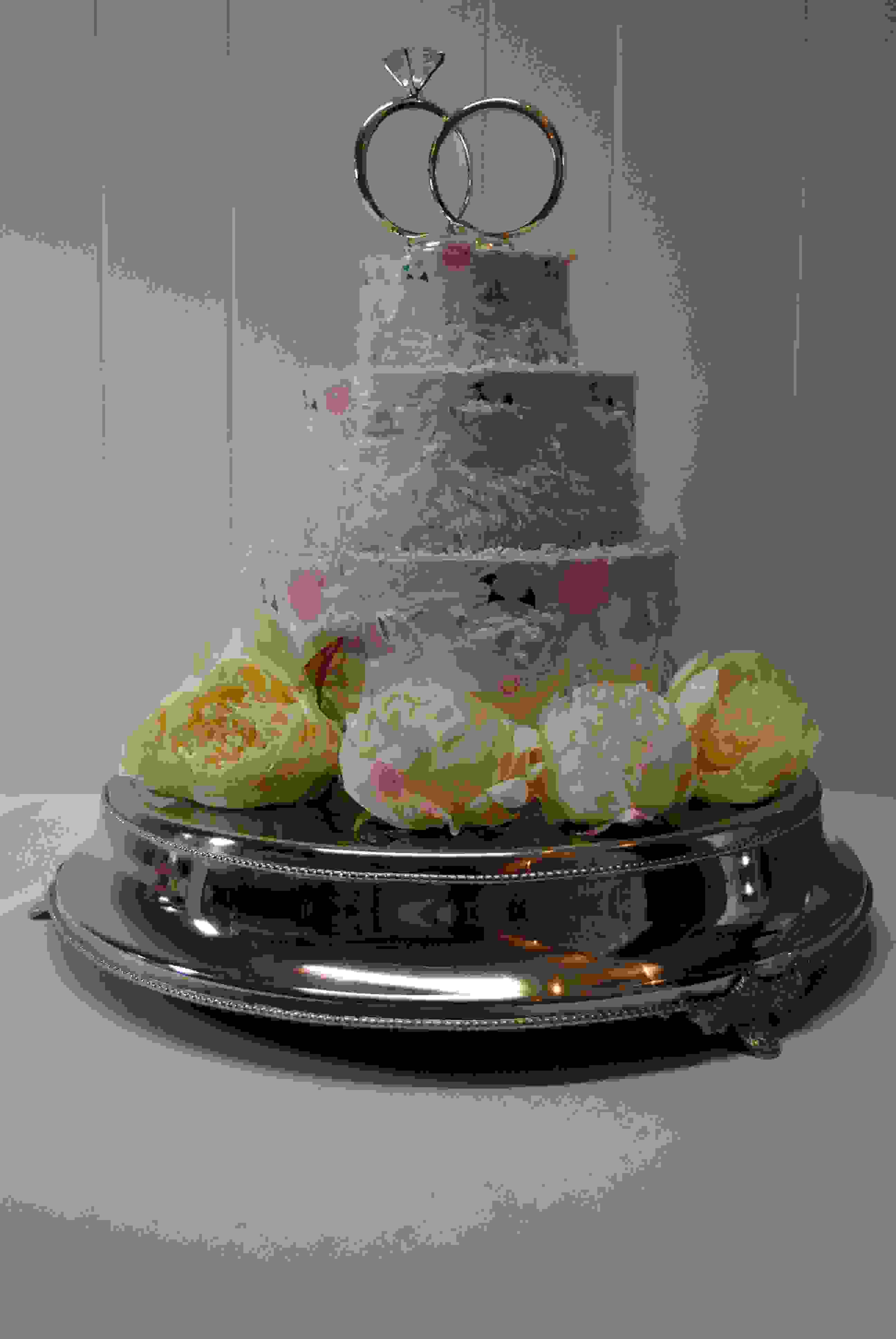 SILVER BASE CAKE STAND .