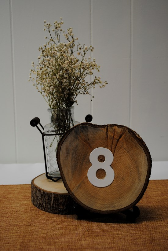 TABLE NUMBERS TIMBER SLICE